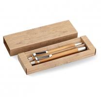 Sada pera a tužky z bambusu.