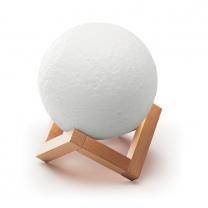 BT reproduktor ve tvaru Měsíce